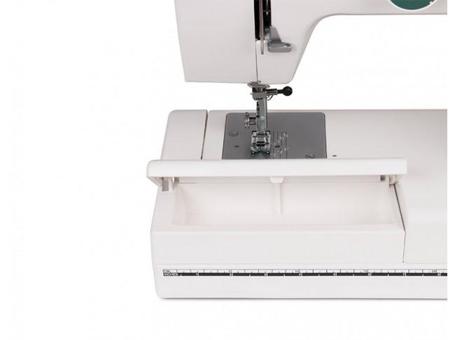Электромеханическая швейная машина Janome LE22