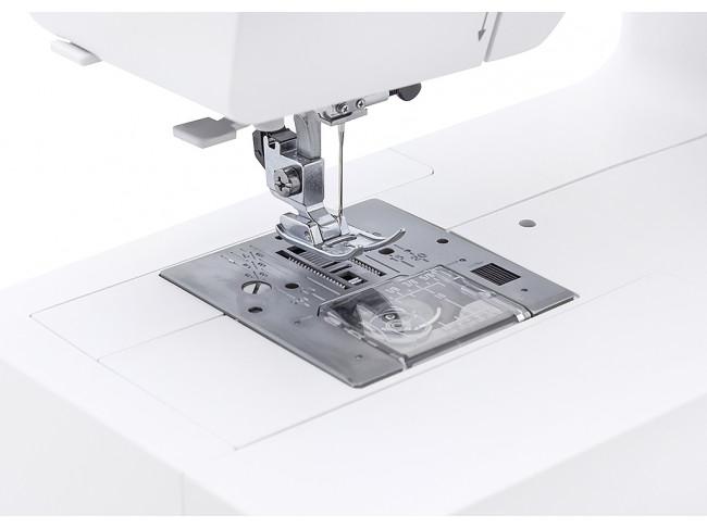 Электромеханическая швейная машина Janome Sewist 725 S + ножницы портновские Premax B6170 в подарок!